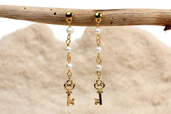 Prudence - Pearls & Golden Key Charms-438
