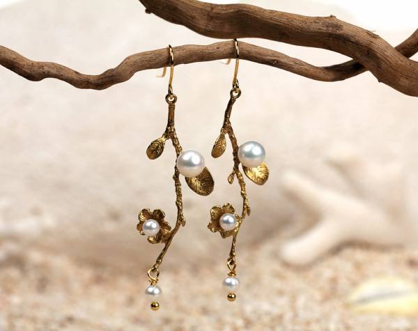 Fleur - Pearl Branch & Leaf Earrings-691