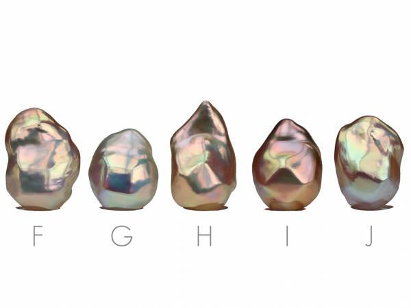 Diamante d'Oro - Golden Baroque Pearl Pendant-701