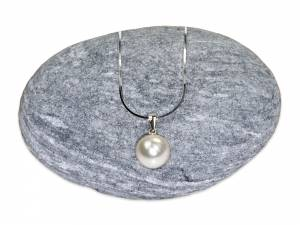 Solitaire - White Pearl Pendant (10 mm)-0
