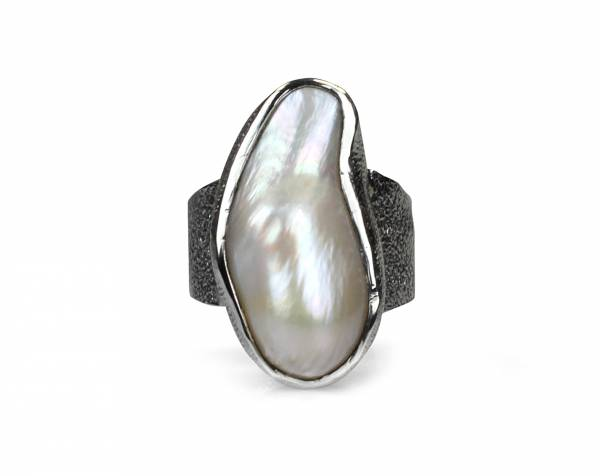 Elektra - Large White Baroque Pearl Ring-696