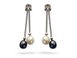 Yin & Yang - Black & White Pearl Earrings