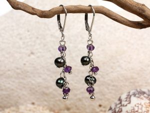 Fauna - Black Pearls & Amethyst Beads-670