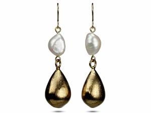 Keeley - White Baroque Pearl Earrings